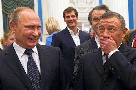 Россия, которая возмутилась пересечением границы только по загранпаспортам, инициировала их еще в 2013 году - Цензор.НЕТ 7294